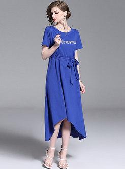 Letter Print O-neck Belted Asymmetric Maxi Dress