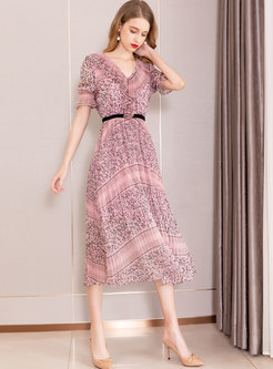 Trendy V-neck Print Gathered Waist Maxi Dress