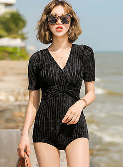 V-neck Short Sleeve Slim Swimwear