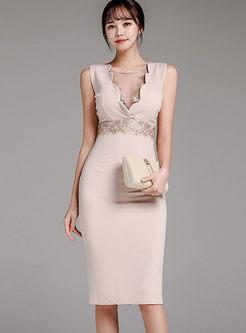 Solid Color V-neck Sleeveless Sheath Dress