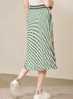 Color-blocked High Waist Striped Pleated Skirt