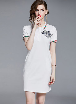 Color-blocked Lapel Embroidered Slim T-shirt Dress