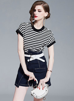 Striped Bat Sleeve T-shirt & Denim Asymmetric Shorts