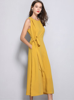 Solid Color Sleeveless Tie-waist Wide Leg Jumpsuit