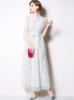 Elegant Lace Sleeveless Belted Maxi Dress