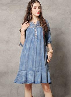 Vintage V-neck Embroidered Denim Falbala Dress