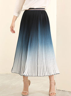 Fashion Gradient Color Pleated Maxi Skirt