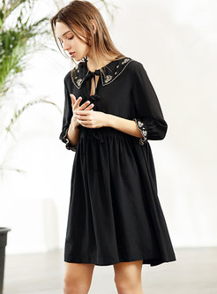 Lapel Tied Embroidered Black Shift Dress