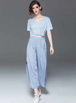 Casual Striped V-neck T-shirt & Slit Wide Leg Pants