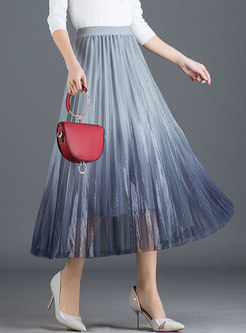 Chic Blue Gradient Mesh Pleated Skirt