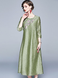 Retro Embroidered Three Quarters Sleeve Loose Dress