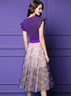 Chic V-neck Slim Top & Elastic Waist Pleated Skirt