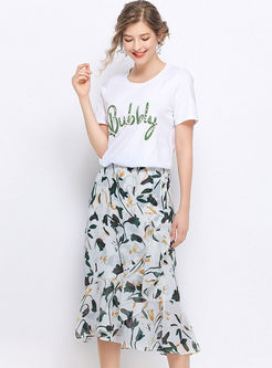 O-neck Beaded Slim T-shirt & Slim Print Falbala Skirt