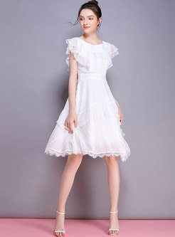 Fashion Falbala Lace Splicing White Skater Dress