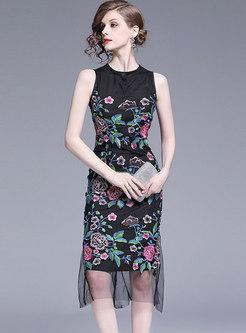 Elegant Mesh Embroidered Sleeveless Bodycon Dress