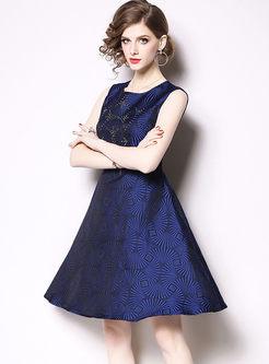 Stylish O-neck Sleeveless Waist Skater Dress