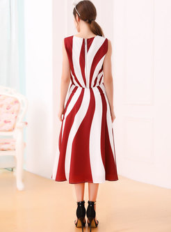 Sleeveless O-neck Striped Tank & High Waist Skirt
