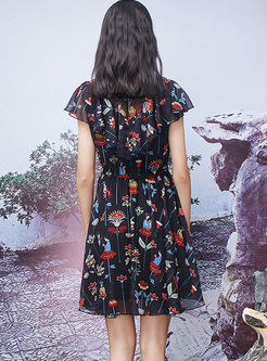 Lace Splicing Ruffled Sleeve Print A Line Dress