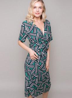 Geometric Print V-neck Sheath Dress