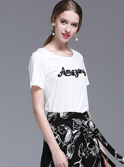 Casual O-neck Letter Embroidered T-shirt