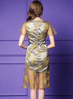 Elegant Embroidered Lace Gathered Waist Mermaid Dress