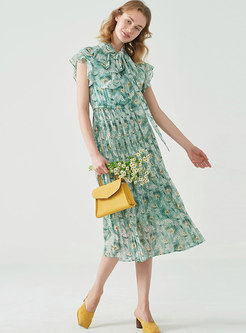 Floral Print Pleated Chiffon Slim Skater Dress