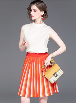 Stylish Pure Color Sleeveless Top & Color-blocked Pleated Skirt
