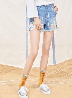 Chic Lace Splicing High Waist Denim Shorts