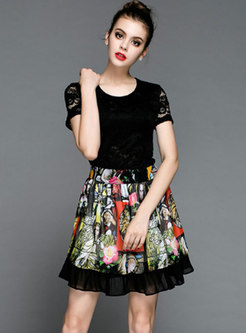 Stylish O-neck Lace Top & Print Pleated Mini Skirt