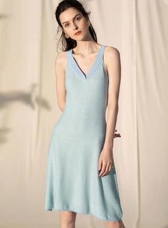 Casual V-neck Sleeveless Slim Knitted Dress