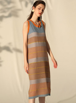 Stylish Color-blocked Striped Sleeveless Shift Knitted Dress