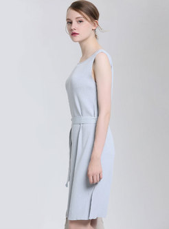 Solid Color O-neck Sleeveless Belted Split Knitted Dress