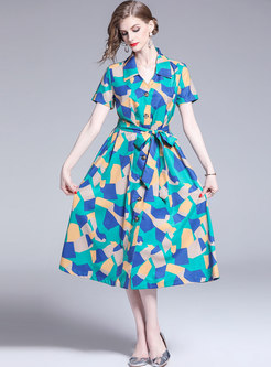 Geometric Color-blocked Single-breasted Tied Skater Dress