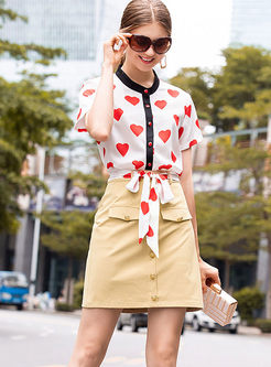 Color-blocked Heart Print Blouse & Slim Skirt