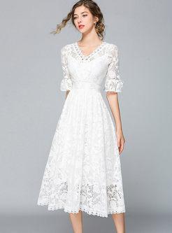 Sweet V-neck Flare Sleeve Big Hem Lace Dress