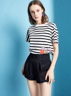 Black Casual Elastic Waist Letter Embroidered Shorts