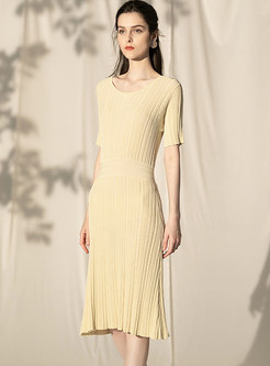 Brief O-neck Pure Color All-matched Knitted Dress
