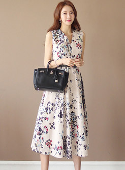 Fashion V-neck Sleeveless Print A Line Dress