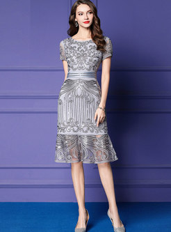 Elegant O-neck Sequined Embroidered Mermaid Dress