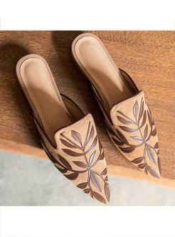 Folk-custom Pointed Embossed Daily Slippers