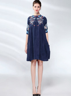Ethnic O-neck Embroidered Half Sleeve Shift Dress