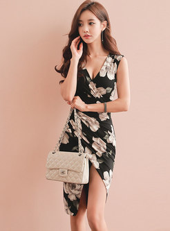 V-neck Print Gathered Waist Split Bodycon Dress