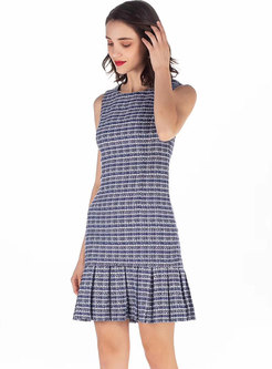 Brief O-neck Sleeveless Plaid Pleated Hem Bodycon Dress