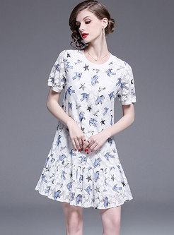 Chic O-neck Lace Hollow Out Print Shift Dress