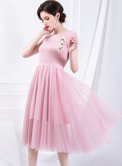 Beaded O-neck Mesh Splicing Pleated Slim Skater Dress