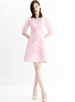 Chic V-neck Lace Splicing Sweet Skater Dress
