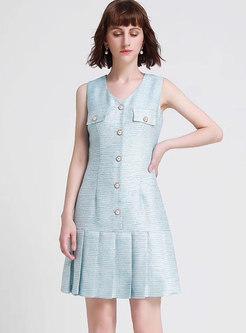 Fashion V-neck Single-breasted Pleated Skater Dress