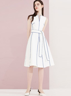 Sleeveless Waist Tied Color-blocked Skater Dress