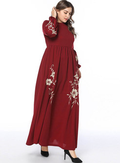 Stylish Embroidery Loose Waist Pleated Maxi Dress
