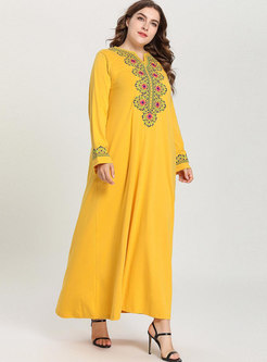 Casual Plus Size Loose Embroidered Maxi Dress